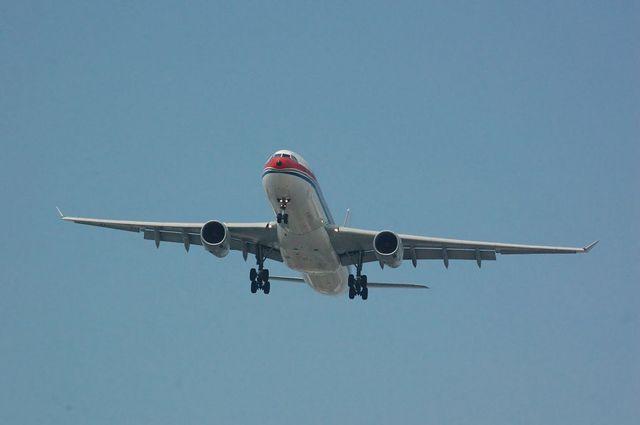 中国東方航空 Airbus A330-300