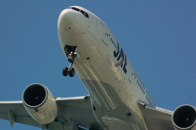 JAL Boeing777 どアップ