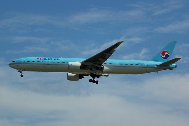 大韓航空 Boeing777-300