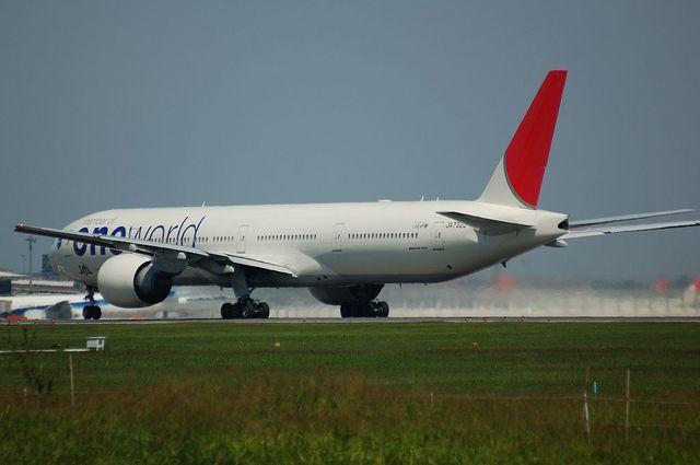 Boeing777-300ER Take Off