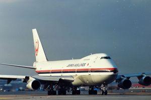 JAL Boeing747SR