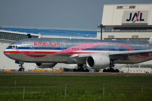 American Boeing777-200ER
