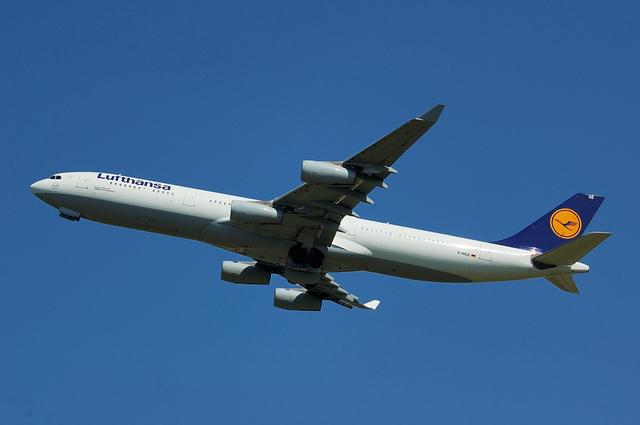 Lufthansa Airbus A340-300 No.4