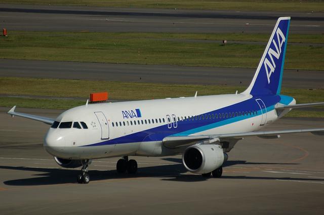ANA Airbus A320-200(JA203A)