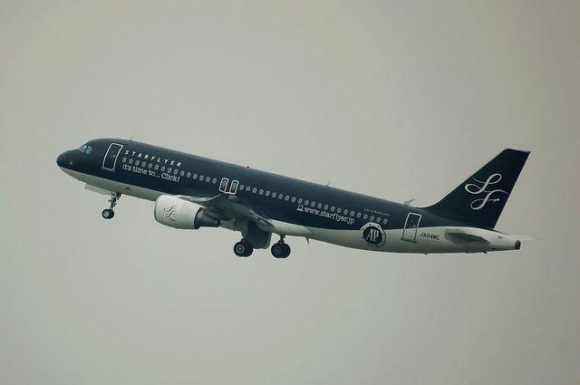 スターフライヤー Airbus A320 特殊塗装 2