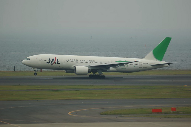 JAL エコジェット Boeing777-200 2