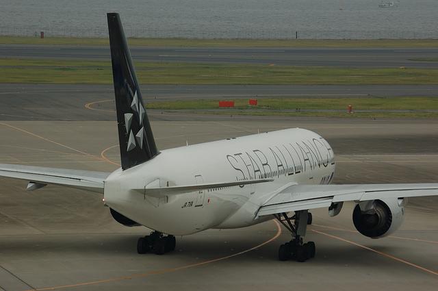 ANA Star Alliance Boeing777-200 6