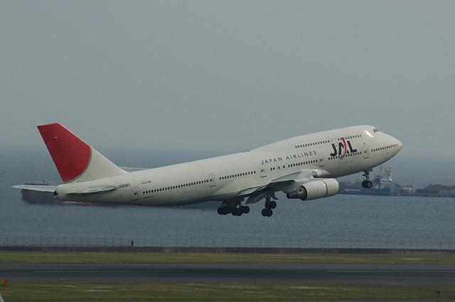JAL Boeing747-400(JA8083)