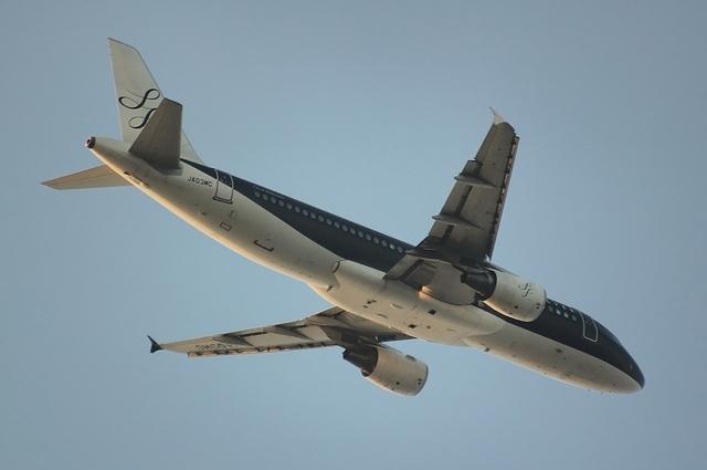 Airbus A320-200(JA03MC)