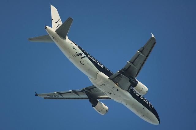 SFJ Airbus A320-200(JA04MC)