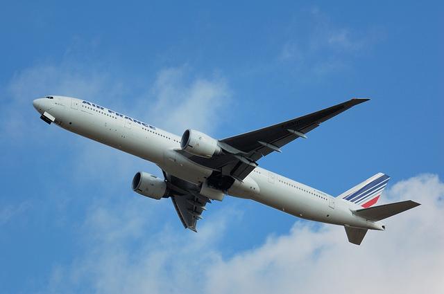 AF275便 パリ行き