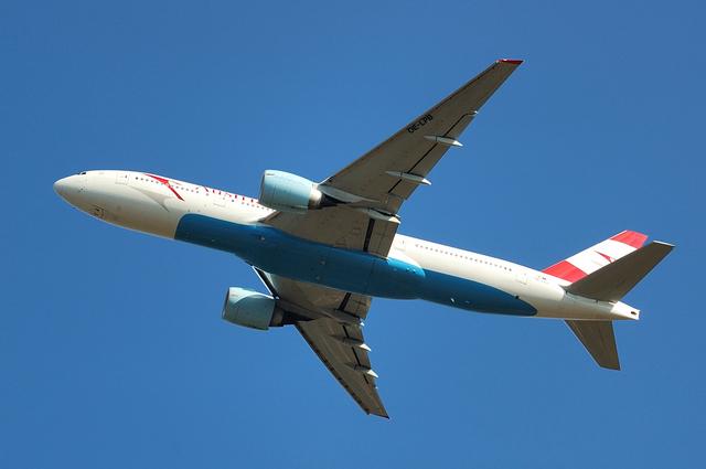 Boeing777-200ER 3