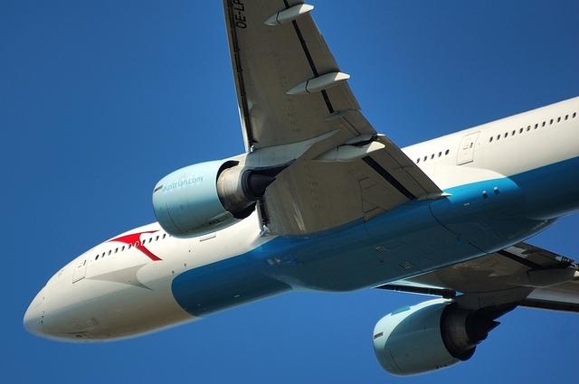 Boeing777-200ER 4