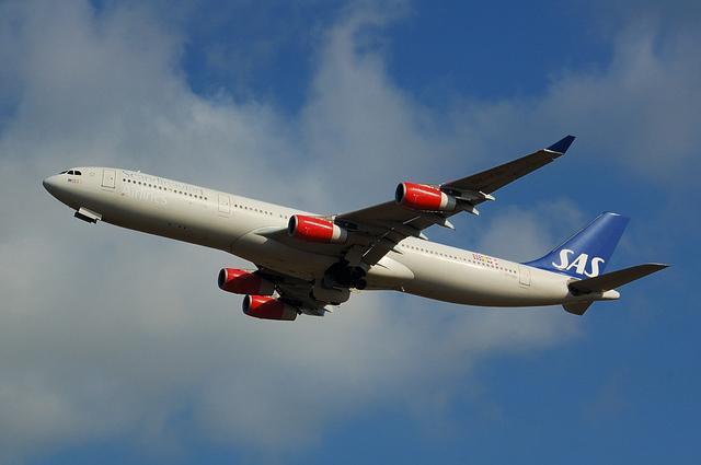 SAS Airbus A340-300 2