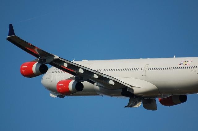 SAS Airbus A340-300 4
