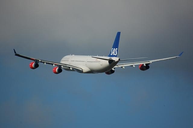 SAS Airbus A340-300 5