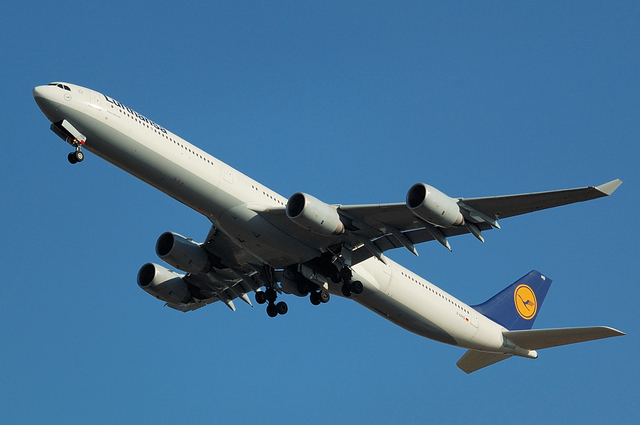 Lufthansa A340-600 2