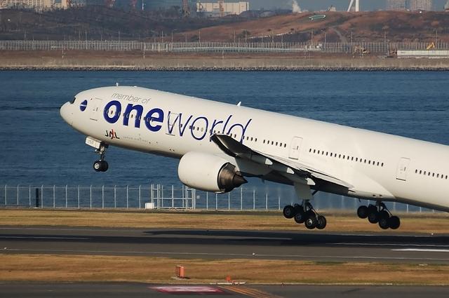 ONE WORLD Boeing777-300