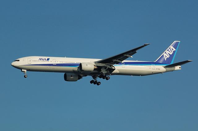 ANA Boeing777-300 1