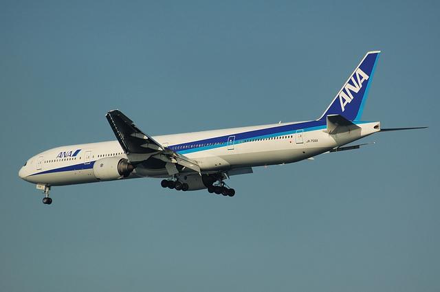 ANA Boeing777-300 2