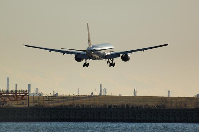 Boeing777-200 アプローチ 4