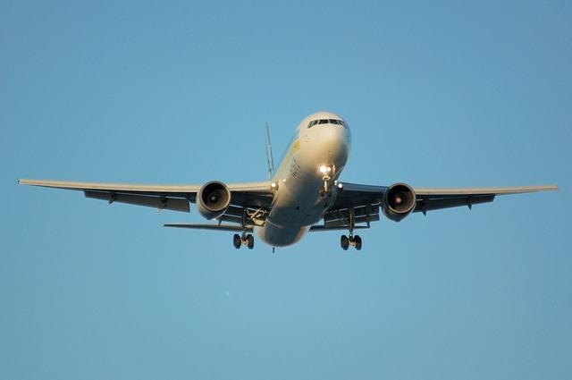 ADO Boeing767-300 1