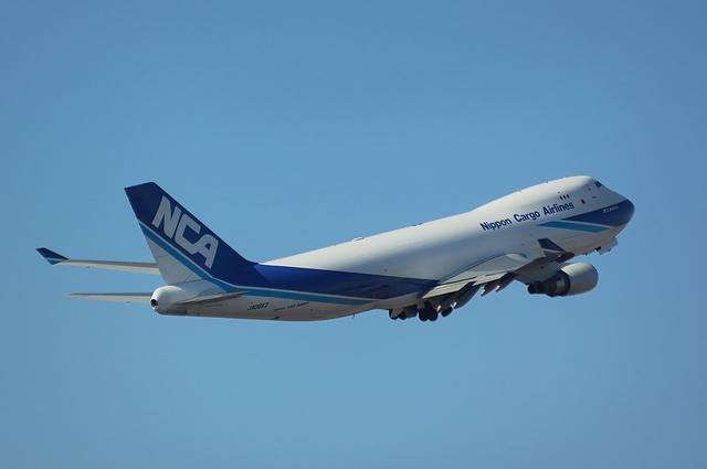 NCA Boeing747-400F Climb