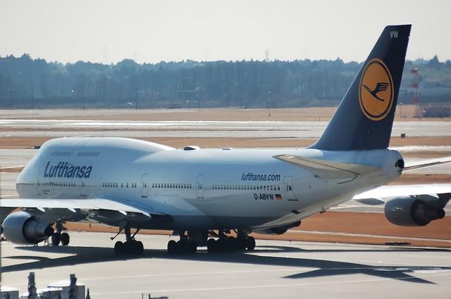 Lufthansa Boeing747-400 2