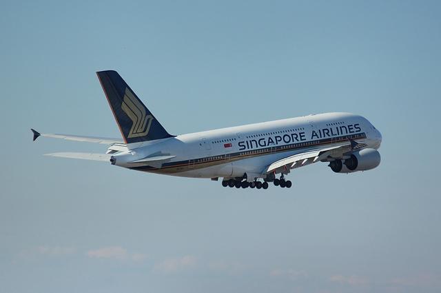 SQ Airbus A380 5
