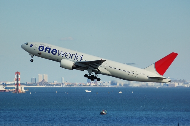 ONE WORLD Boeing777-200 2