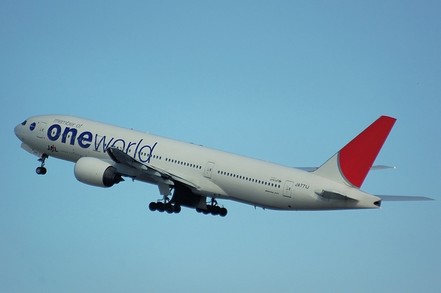 ONE WORLD Boeing777-200 3