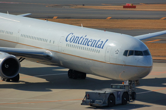 CONTINENTAL Boeing767-400ER 2