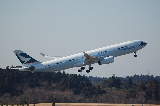 Cathay Pacific Airways Airbus A330-300 2
