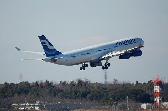 Finnair Airbus A340-300 Climb