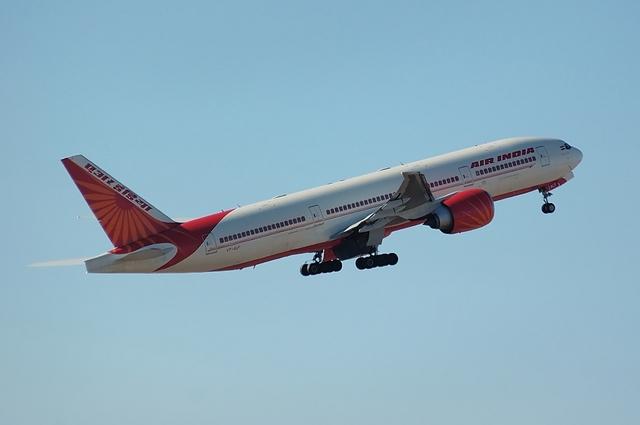 AIR INDIA Boeing777-200LR 3