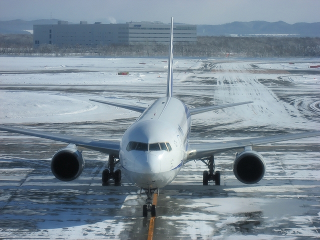 ANA Boeing767のスポットイン