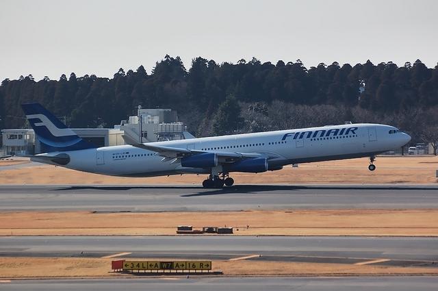 Finnair Airbus A340-300 Take Off