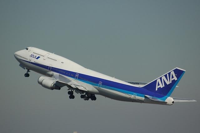 ANA Boeing747-400D Climb