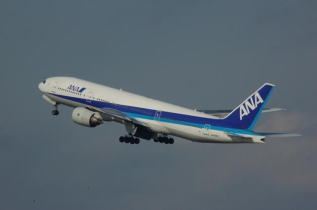 Boeing777-200 Climb
