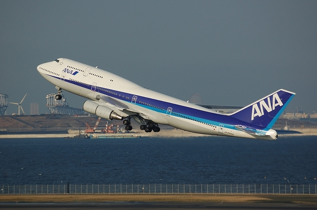 ANA Boeing747-400D 3