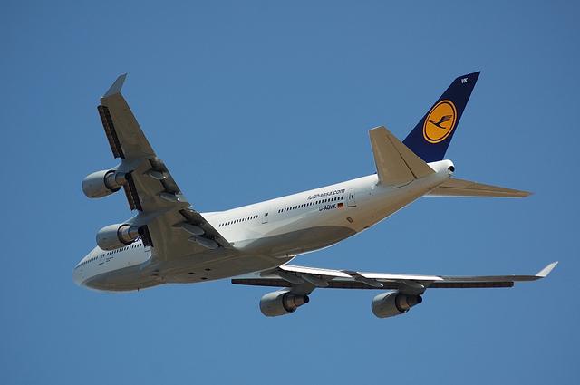 Lufthansa Boeing 747-400 3