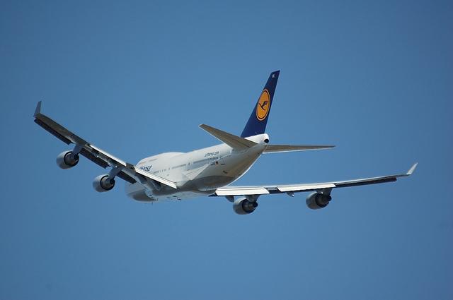 Lufthansa Boeing 747-400 4