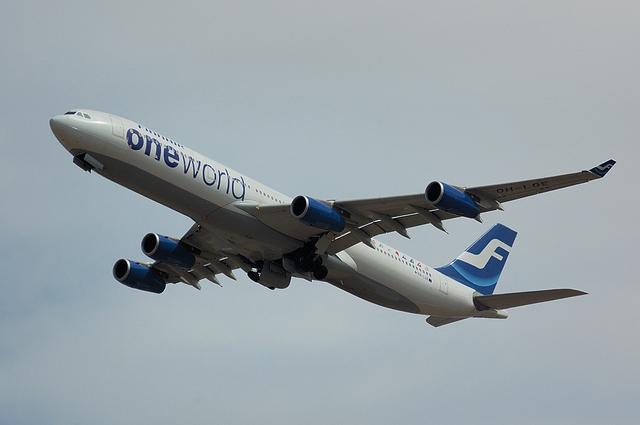 FinnairのONE WORLD塗装