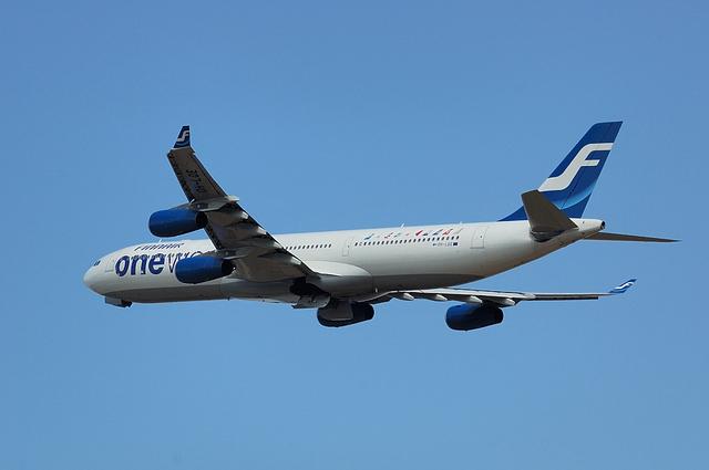 フィンランド航空 Airbus A340-300