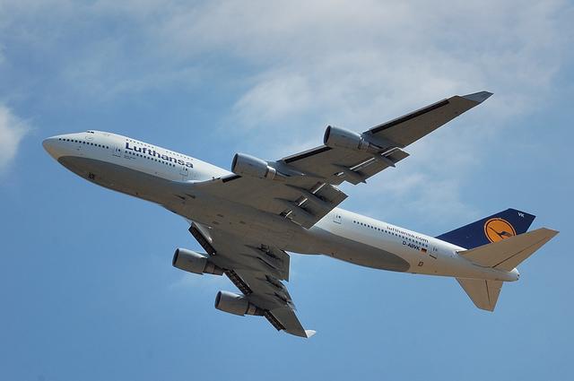 Lufthansa Boeing 747-400 2