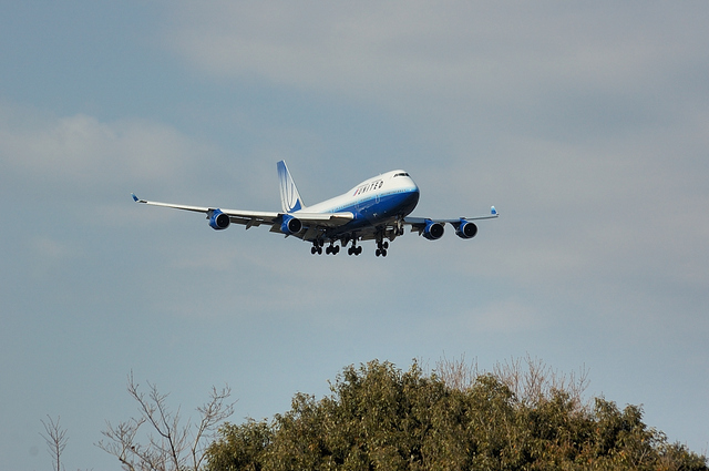 UNITED AIRLINES Boeing747-400 1