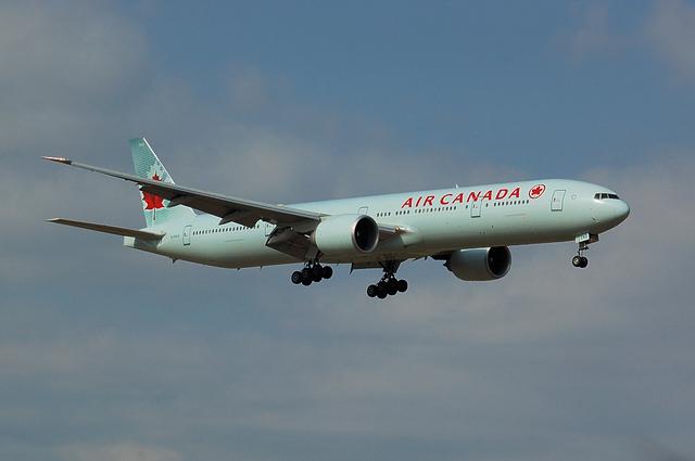 AIR CANADA Boeing777-300ER 1