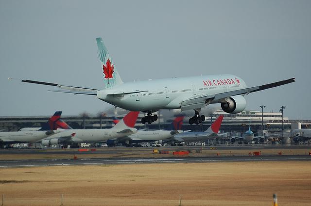 AIR CANADA Boeing777-300ER 5