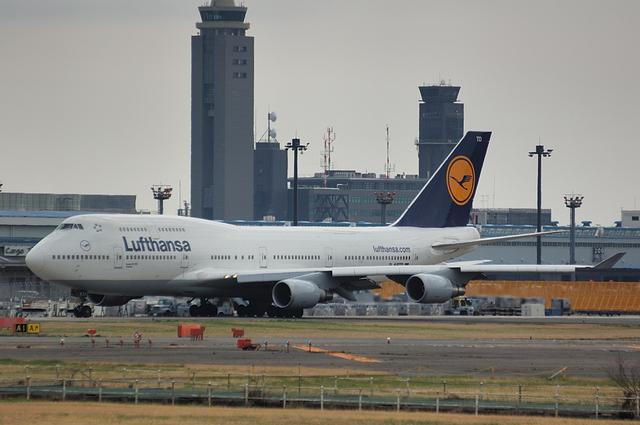 Lufthansa Boeing747-400 1