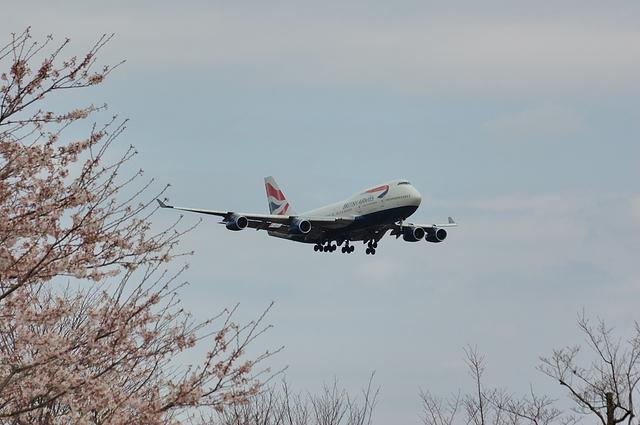 さくらと英国航空のBoeing747-400